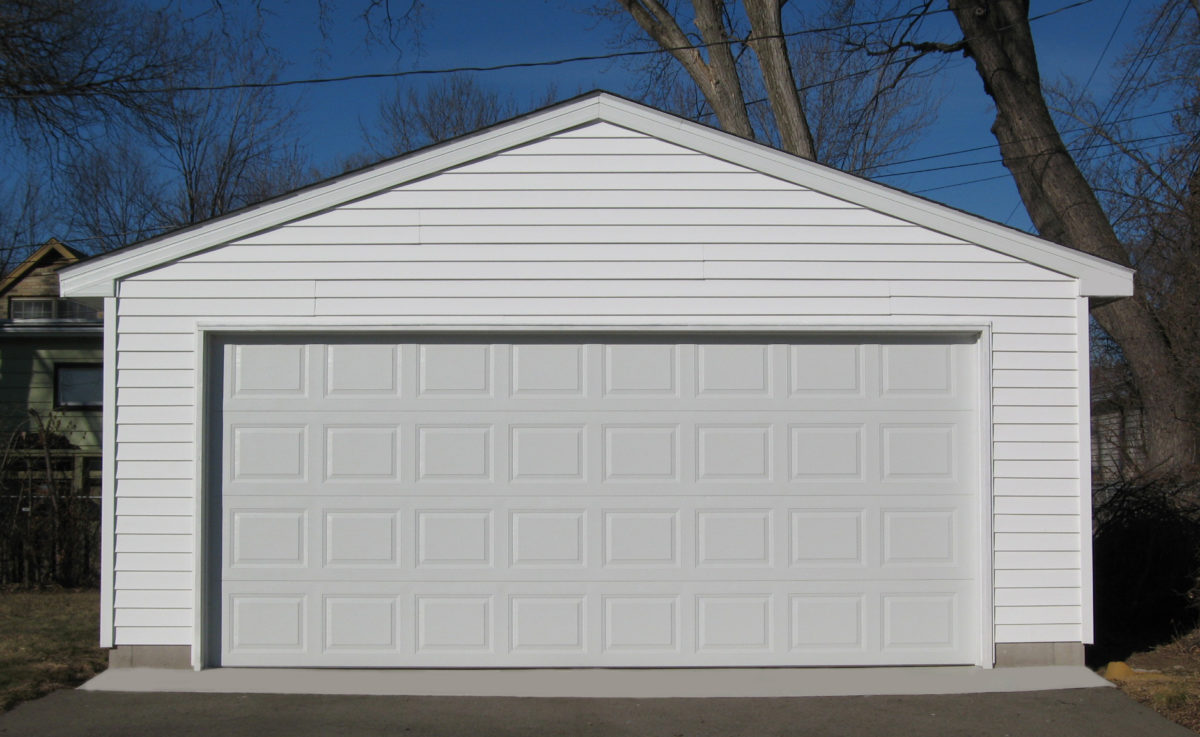 SooMillWideDoor-Garage